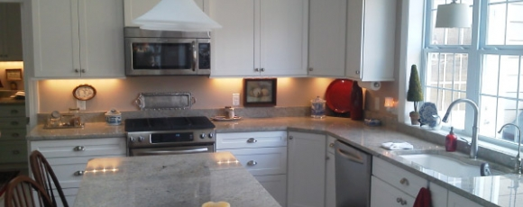 Painted Maple Kitchen Remodeling